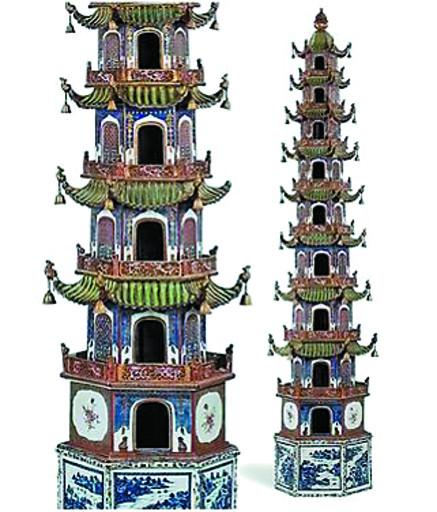 这两座玲珑塔一座九层