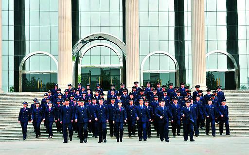 鹤壁市地方税务局成立于1994年9月8日,当历史的车轮驶入2014年,鹤壁市